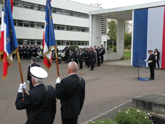 Ceremonie_Policiers_Morts_France_1