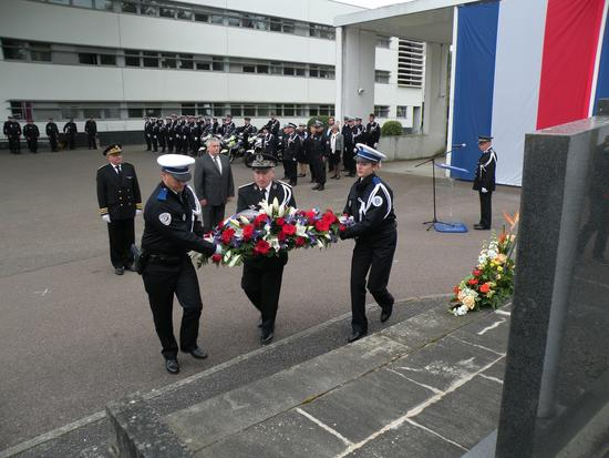 Ceremonie_Policiers_Morts_France_9